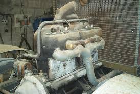 tracteur en bois tracteur renault 4x4 de 1915