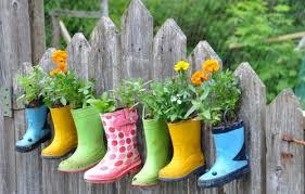 diy ideas fun backyard fence decorations you will love