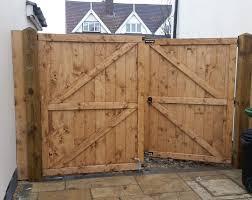 garden fencing havering essex handmade gates