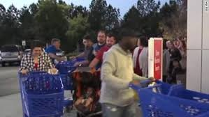 target fort fort black friday fights break out at malls across united states cnn