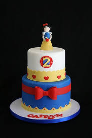 57 Best Snow White Cakes Images On Pinterest Snow White Cake