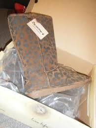 bearpaw womens boots size 9 paw boots size 8 us cheri silver
