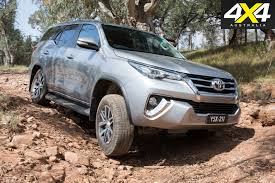 toyota fortuner toyota fortuner review 4x4 australia