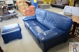 canap avec repose pied canapé roche bobois cuir bleu avec repose pied troc en stock