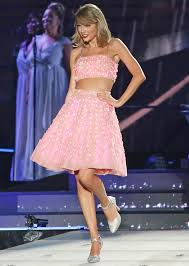 lights you can wear taylor swift s led light tour instyle com