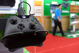 pubg xbox one x performance xbox one backwards compatibility update first 2018 games news