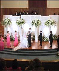 wedding altar flowers altar pedestals columns wedding ceremony flowers in manteo nc