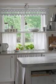 Kitchen Window Curtains by Pelmet Boxes For Kitchen Windows Diy Projects Pinterest