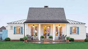 multiple family home plans 1500 square feet is the right size southern living