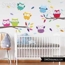 arbre chambre bébé sticker muraux chambre bébé sticker enfant chouette sur une