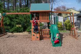 Nice Backyard Ideas by Small Backyard Ideas For Kids