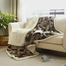 Plush Sofa Bed Warm Soft Fleece Blankets Layer Thick Plush Throw On Sofa