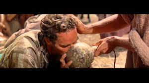 jesus the water of life powerful scene from ben hur youtube