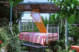 Using Sun Shelters For Outdoor Daybed Designs  Summer Home - Backyard shelters designs