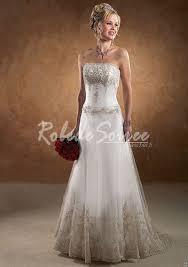 robes soirã e mariage 17 beste ideer om robe de mariée couleur på joli