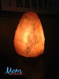 get cleaner air with a himalayan salt lamp
