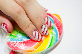 how to make a christmas candy cane design on your nails 13 steps