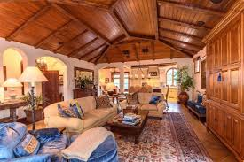 in pictures inside hunter harrison u0027s 33 5 acre horse ranch the