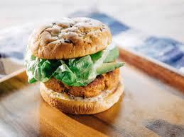 trisha yearwood u0027s u0027sweet pea u0027 burgers today com