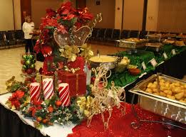 Table Decorations For Christmas Decorateyourtable Com Christmas Tables Centerpieces