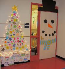 Simple Easy Christmas Decorating Ideas Fun Steps Office Door Christmas Decorating Ideas Averycheerva Com