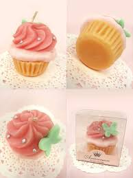 cupcake candles best 25 cupcake candle ideas on diy candle ideas diy