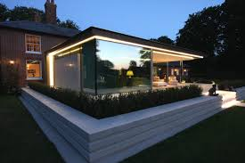 how to create a floating roof design with architectural glass iq