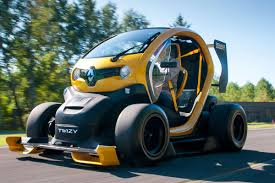 renault twizy renault twizy f1 review pictures renault twizy f1 action 2