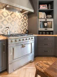 tile backsplash kitchen ideas kitchen ideas better homes and gardens glass tile kitchen backsplash