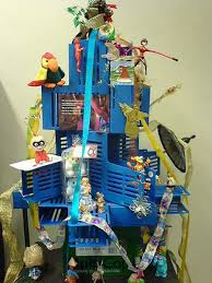 Ideas For Christmas Money Tree by 21 Ideas For Making Alternative Christmas Trees To Recycle Clutter