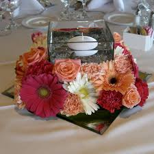 Vases With Flowers And Floating Candles Entrancing Mirror Center Pieces With Pink Roses On The Glass Bowls