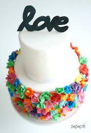 bold color wedding cake susucre