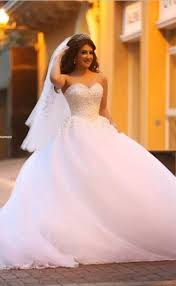 pure white sweetheart princess ball gown wedding dress tulle