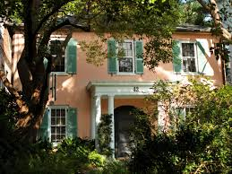 decor homes 5 characteristics of charleston u0027s historic homes hgtv u0027s