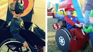 amazing halloween costumes mom creates amazing halloween costumes utilizing son u0027s wheelchair