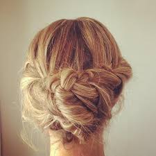 upstyles for long hair över 1 000 bilder om hair styles på pinterestflätade knutar hår