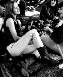 Michelle Phillips Mamas And Papas 60 U0027s Fashion Photo Michelle And Mama Cass 1960 U0027s Pinterest