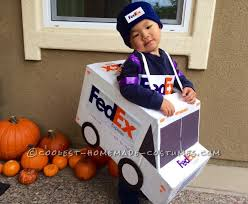 Halloween Costumes Express Delivery Fedex Usps Family Costume Working Delivery