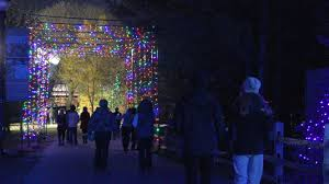 Detroit Zoo Wild Lights Holiday Happenings U2013 Oakland County Blog