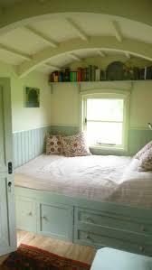 Schlafzimmer Farbgestaltung Bett Mit Schubladen Praktisch Und Modern Archzine Net