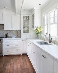 Glass Cabinets Kitchen by Best 25 Corner Cabinets Ideas On Pinterest Corner Cabinet