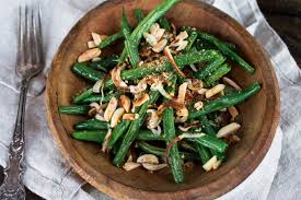 thanksgiving side dish roasted green beans shallots with