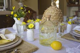 bee themed spring tablescape 2 bees in a pod
