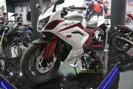 This Custom Built by This Custom Built Fully Faired Tvs Apache Rtr 200 4v From