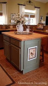 Small Kitchen Designs With Island by Best 20 Kitchen Island Centerpiece Ideas On Pinterest Coffee