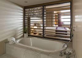 hotel en suisse avec dans la chambre chambres suites hotel restaurant chetzeron à crans montana