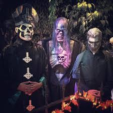 spirit halloween sherman halloween town halloweentownca twitter