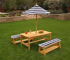 childrens bench and table set incredible pi di 25 fantastiche idee su folding picnic table su