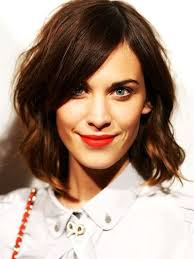 how to style a wob hairstyle 28 best wavy bob wob images on pinterest hair cut short films