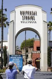 the walking dead ride invades universal studios ny